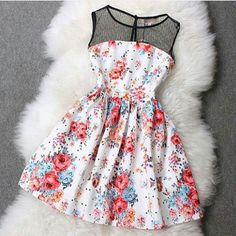 Estou APAIXONADA @__@  #vestido_as_flores #maravilhoso