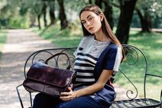 Granada is an exclusive collection of Gianni Segatta, Venetian artisan designer who goes beyond the standards and creats unique hand-crafted bags using the fine Del Conte, Simple Lines, Exclusive Collection, Italian Leather, Venetian, Artisan, Unique, Bags, Inspiration