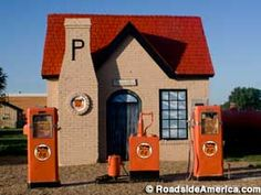 A tiny Phillips 66 station, built to service and fuel cars and opened in You can't get gas there any more, but it's nicely restored and a popular photo stop along Route Route 66 Road Trip, Travel Route, Texas Travel, Old Gas Pumps, Vintage Gas Pumps, Mclean Texas, Country Stores, Historic Route 66, Old Gas Stations