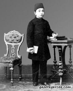 2.Abdülhamid Han  Babası: Abdülmecid Han - Annesi: Tir-i Müjgan Sultan   Doğumu: 21 Eylül 1842 Vefatı: 10 Şubat 1918