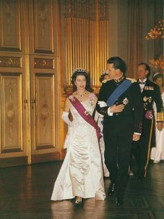 Queen Elizabeth II with King Baudoin (Palais de Bruxelles, Hm The Queen, Her Majesty The Queen, Save The Queen, Elizabeth Philip, Queen Elizabeth Ii, House Of Windsor, Isabel Ii, Prince Phillip, British Monarchy