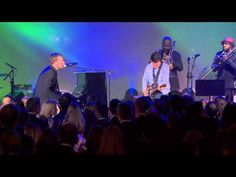 Chris Martin of Coldplay and Michael J. Fox perform Johnny B. Goode LIVE - 2013 fund raiser for parkinson's
