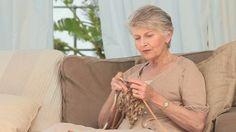 Nők figyelmébe! Csak így mehetsz kedvezményes nyugdíjba! Itt a 3 alapfeltétel és jogosultsági idő képlete. - Egy az Egyben