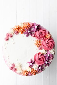 How to Make a Buttercream Flower Cake — Style Sweet Inspired by the colors of an autumn sunset, learn more about this watercolor buttercream technique with easy piped buttercream flowers in this How to Make a Buttercream Flower Cake tutorial. Pretty Cakes, Cute Cakes, Beautiful Cakes, Amazing Cakes, Cake Decorating Techniques, Cake Decorating Tips, Birthday Cake Decorating, Buttercream Techniques, Piping Techniques