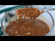 Flavorable black pepper sauce is great match with meats, rice and potatoes.This black pepper sauce recipe is very simple and tasty. Meatball Recipes, Steak Recipes, Sauce Recipes, Chicken Recipes, Black Pepper Gravy Recipe, Ginger Scallion Sauce, Maggi Recipes, Black Pepper Chicken, Chili Sauce Recipe