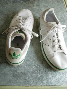 a4c73e22e330 Vintage 80s Adidas sneakers on sale at American -Vintage.net