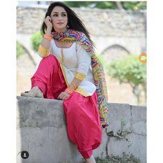 New Multicolor Cotton Patiyala Suit (White Pink) - Patiala Suits - Suits and Dress material - Womenswear Punjabi Girls, Punjabi Dress, Pakistani Dresses, Indian Dresses, Indian Outfits, Punjabi Suits, Pakistani Clothing, Pakistani Bridal, Patiala Suit Designs