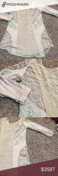 bKE lacy crochet too, 3/4 sleeves. Small Like new BKE Tops Blouses