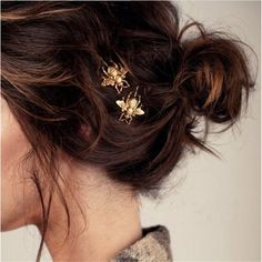 $3.18  gold Vintage Hair Clip Elegant Golden Bee Side Clip Hairpin Metal Headwear Hair Accessories