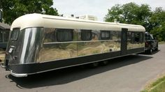 Vintage travel trailer 1950 Victor Supreme – Famous Last Words Old Campers, Vintage Campers Trailers, Retro Campers, Airstream Trailers, Vintage Caravans, Go Camping, Camping Ideas, Camping Hacks, Classic Campers