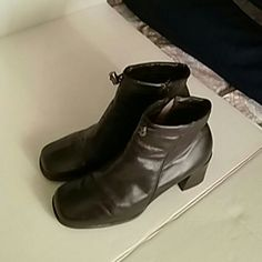 Trivia boots Used a few times but its still on good condition like new Trivia Shoes Heeled Boots