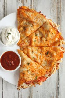 Keto Chicken Quesadilla - food delicious ideas Ketogenic Recipes, Low Carb Recipes, Diet Recipes, Cooking Recipes, Healthy Recipes, Ketogenic Diet, Lunch Recipes, Recipes Dinner, Crab Recipes