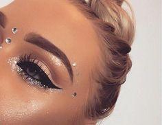 Best Makeup Glitter Rave Eye Shadows Ideas angel makeup Beste Make-up Glitter Rave Lidschatten 2 Makeup Goals, Makeup Inspo, Makeup Inspiration, Makeup Tips, Beauty Makeup, Hair Beauty, Makeup Ideas, Makeup Geek, Exotic Makeup