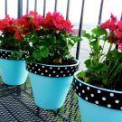 Project: Flowered Wipes Container Painted terra cotta pots (in wedding colors) with flowers as centerpieces.Painted terra cotta pots (in wedding colors) with flowers as centerpieces. Flower Pot Crafts, Clay Pot Crafts, Diy And Crafts, Painted Plant Pots, Painted Flower Pots, Paint Garden Pots, Clay Flower Pots, Garden Crafts, Garden Projects