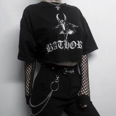 25 Awesome Outfit Ideas Edgy To Copy Now outfit ideas edgy Alex and Grace Punk Outfits, Gothic Outfits, Mode Outfits, Cute Casual Outfits, Retro Outfits, Grunge Outfits, Stylish Outfits, Scene Outfits, Summer Outfits
