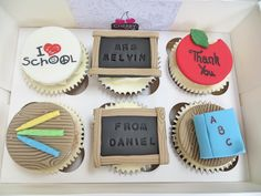 Teacher Thank You Cupcakes Teacher Cupcakes, School Cupcakes, School Cake, Teacher Treats, Thank You Teacher Gifts, Fondant Cupcake Toppers, Cupcake Art, Cupcake Cookies, Cupcake Ideas