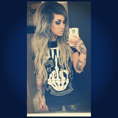 Liking her hair and her shirt lol
