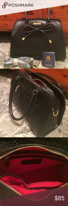 Adrienne Vittadini hand bag Like new, black hand bag with gold accents. Only used once. Has original tags and long strap still in sleeve. No visible damage, excellent condition!! Adrienne Vittadini Bags Shoulder Bags