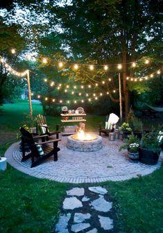 Adorable 60 Awesome Small Backyard Patio Design Ideas https://bellezaroom.com/2017/10/07/60-awesome-small-backyard-patio-design-ideas/