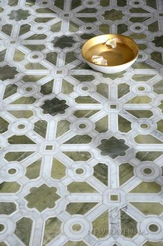 Jardin stone and glass waterjet mosaic | Parterre Collection | New Ravenna