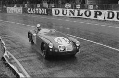 Ken Miles in the MG EX182 at the 1955 24-Hours of Le Mans. Photo by: Rudolfo Mailander