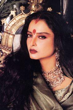 Gorgeous Bollywood actress Rekha
