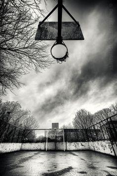 empty basketball court in glasgow