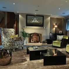 Luxury Living Room by Drapeaux Design Studio! Interior design ideas Best interior designers Modern living room #homedecorideas #modernsofas #luxuryinteriordesign Find more in: https://www.brabbu.com/en/inspiration-and-ideas/