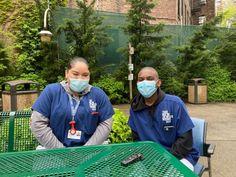 Teen Volunteers Get a Foot in the Door for Nursing Home Careers