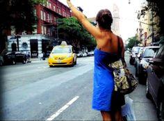 @Alessandra Amoroso mentre chiama un taxi