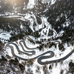 Mountain traffic  #myswitzerland#swiss#swissalps#suisse#schweiz  #landscape_capture#landscape_lovers#landscapephotography  #landschaftfotografie#berge  #aerialshot#dronewise  #flightography#drohnengeek#quadsnaps#flyresponsibly#airbrary #drone.parts#dronejunkie#epicdronepics  #droneherose#drone_countries#ourplanetdaily#nakedplanet#abstractaerialart  #folkscenery#folkgreen#lifeofadventure  @Droneoftheday@dronefluence@thedroneU@dronewise@aerial_aesthetics  @insta.drone@soft_vision