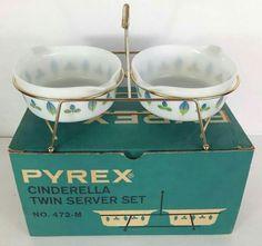 Vintage Kitchenware, Vintage Dishes, Vintage Glassware, Vintage Pyrex, Vintage Items, Pyrex Display, Retro Kitchen Accessories, Pyrex Bowls, Vintage Love