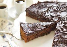 Supergod sjokoladekake med dadler - Elin Larsen