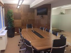 Complete renovation of Mayfair boardroom with walnut panelling and desk