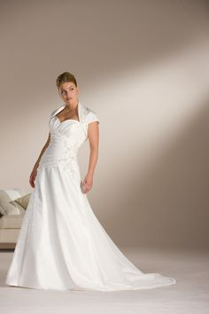 2012 New Style Plus Size Sweetheart Shawl Applique Satin Sweep Train Wedding Dress for Brides