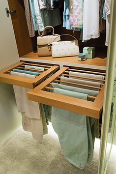 Small walk in closet ideas and organizer design to inspire you. diy walk in closet ideas, walk in closet dimensions, closet organization ideas. Walk In Wardrobe Design, Bedroom Closet Design, Master Bedroom Closet, Bedroom Wardrobe, Closet Designs, Wardrobe Closet, Small Bedroom Closets, Walking Wardrobe Ideas, Built In Wardrobe Ideas Layout