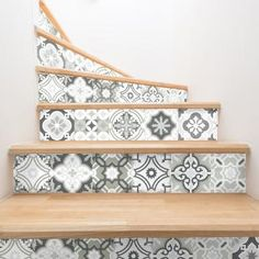 Stickers contremarche carreaux de ciment nuances de gris Oslo x 2 Pintura Exterior, Sweet Home, New Homes, Stairs, Projects, Inspiration, Rooftop, Architecture, Home Decor