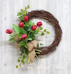 Tulips are the happiest flowers! Front Door Decor, Wreaths For Front Door, Diy Wreath, Grapevine Wreath, Summer Wreath, Spring Wreaths, Corona Floral, Mothers Day Wreath, Tulip Wreath