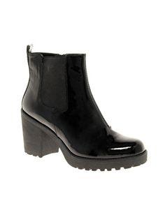 Vagabond Grace Patent Chelsea Boots