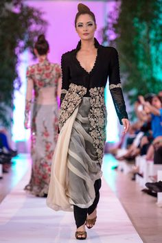 Anamika Khanna Couture at Fashion Parade 2014