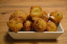 Ensalada caprese en tempura de albahaca #Tarambana #bares #restaurantes #Barcelona #Eixample #Tarambana #foodies #food #ensalada #albahaca #comer #comida