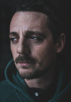 Sturgill Simpson Slams ACM Awards for Exploiting Merle Haggard's Legacy; Lambasts Garden And Gun Magazine For Reneging On Promised Haggard Cover Sturgill Simpson Wife, Kentucky, Garden And Gun Magazine, Musica Country, My Wife Is, Soul Music, Music Industry, Music Stuff, Screen Shot