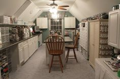 Dragonfly Dreams: New Stamp Studio --many other shots of this awesome craft room!!