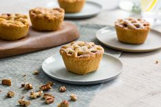 Recipe: Small apple pies with pecans - Bakken. Sweet Pastries, Mini Cheesecakes, Small Cake, Tart Recipes, Cake Cookies, Cupcakes, High Tea, Sweets, Food And Drink