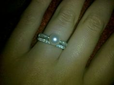 Pearl wedding rings #engagement #wedding #pearl #ring