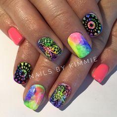 Handpainted gel nails by @nailsbykimmie #handpaintednails #nailart #tiedyenails