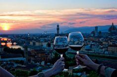 Avete già organizzato il vostro #SanValentino? Firenze é una delle città più romantiche d'Italia.  #Appartamenti e #CaseVacanza in #affitto a partire da 30€ al giorno   #Firenze #weekend #Toscana