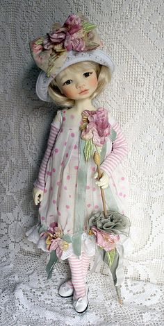 Makiko in dress from Monica Spicer - love her so much in this cute outfitt !I Love the polka dot fabric and the flowers.Something like this for Ginny Clay Dolls, Bjd Dolls, Doll Toys, Pretty Dolls, Beautiful Dolls, Little Doll, Little Darlings, Ball Jointed Dolls, Fabric Dolls