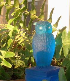 Vintage Westmoreland blue glass OWL