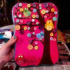 Button art. Tree buttons. Owls. Craft ideas. For baby's nursery. Arte. Arbol con botones. Buhos.